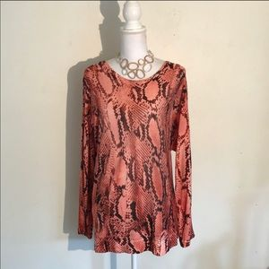 Lovely Top for those end of summer to fall days.